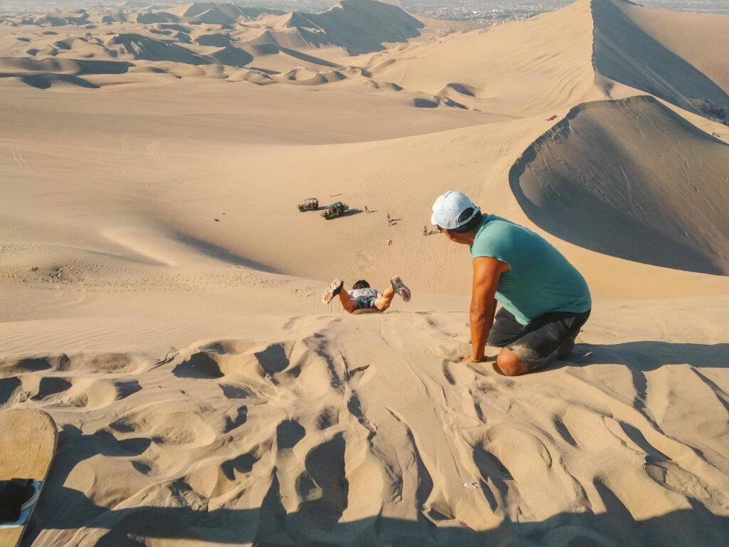 Huacachina sandboarding great hill