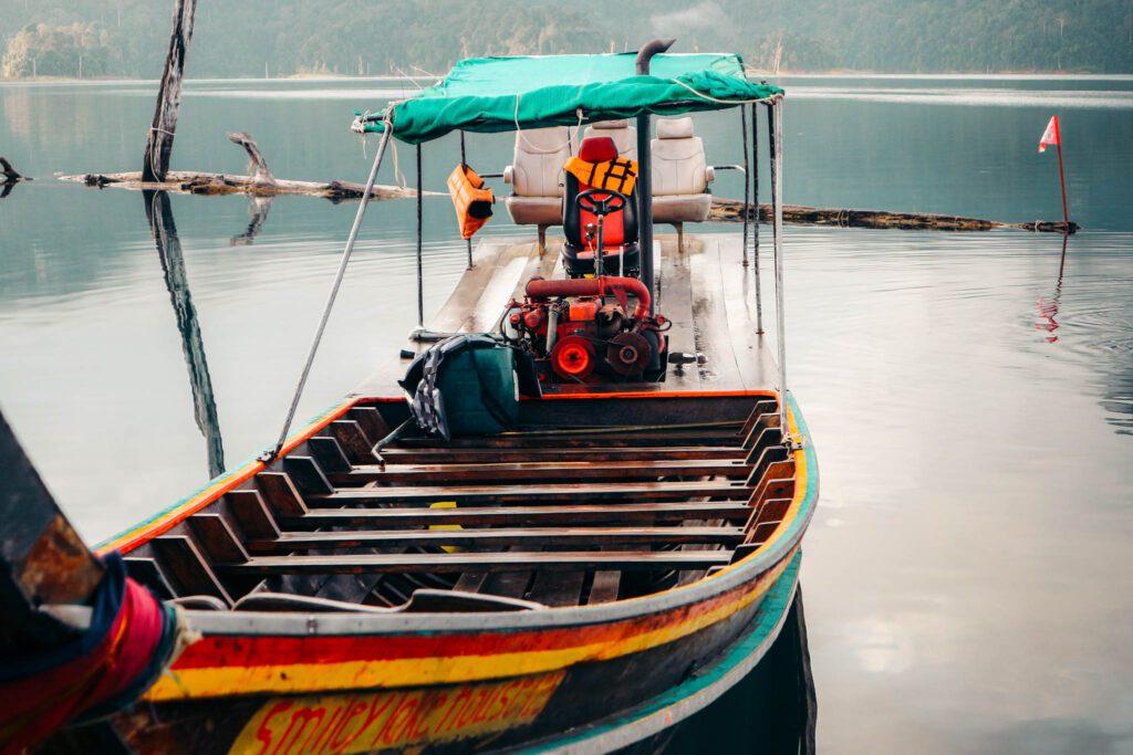 Khoa Sok boat